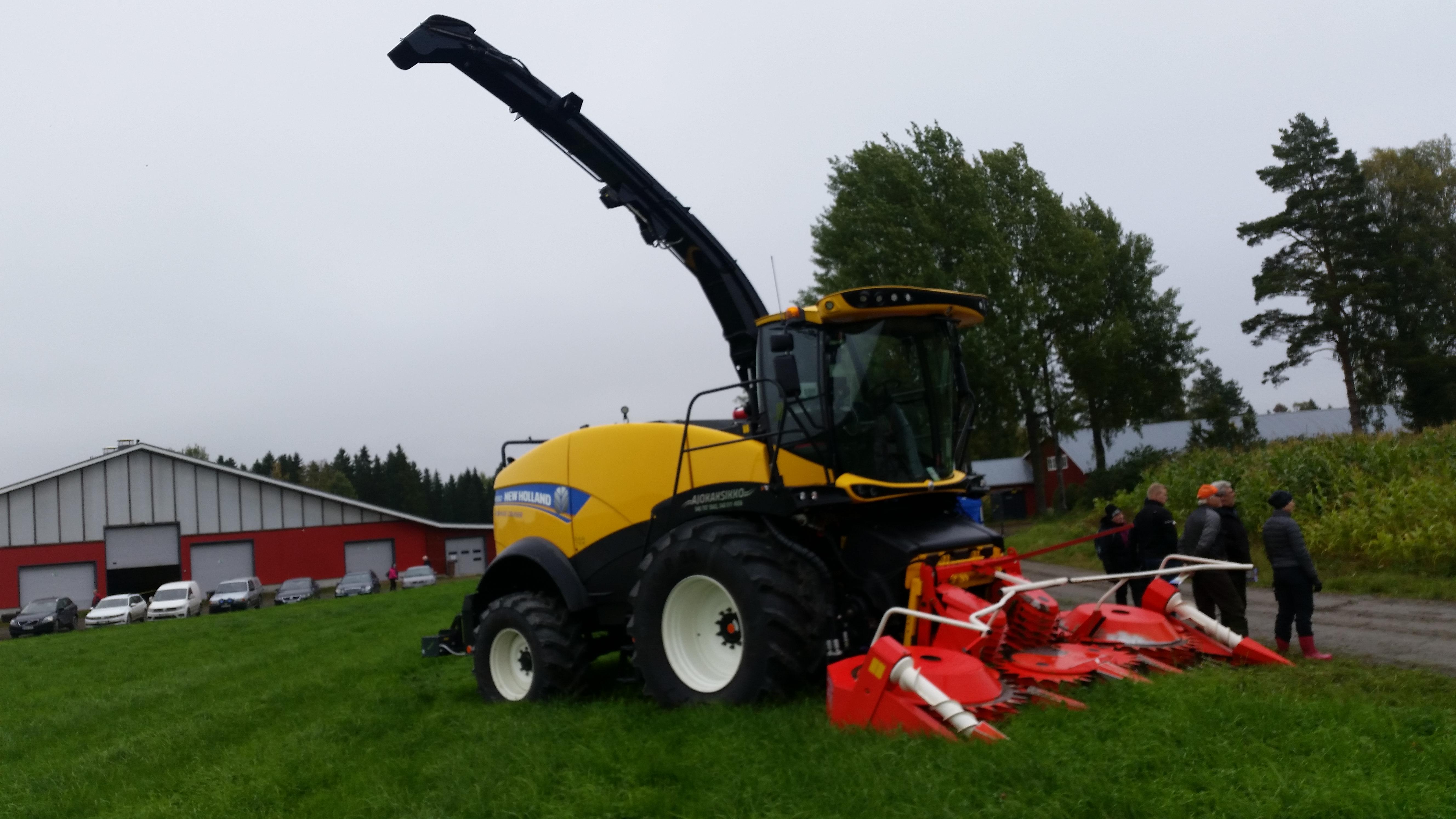 Maissi tullaan korjaamaan Ajokaksikko Oy:n ajosilppurilla.