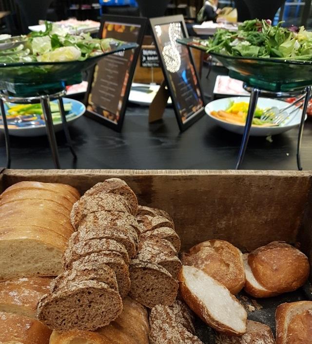 Onko syömäsi ruuan tie pellolta pöytään paikannettavissa? Digitalisaation ja automaation avulla jäljittäminen ruokaketjussa on entistä helpompaa ja tehokkaampaa.