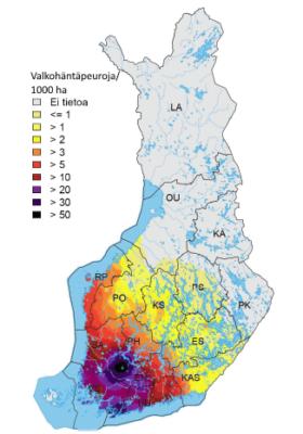 Suurimmat valkohäntäpeuratiheydet (yli 50 yksilöä/1000 ha) ovat Satakunnan (SA), Pohjois-Hämeen (PH), Etelä-Hämeen (EH) ja Varsinais-Suomen (VS) riistakeskusten raja-alueilla. Karttaan on rajattu Suomen riistakeskusalueet. Kuva: Luke