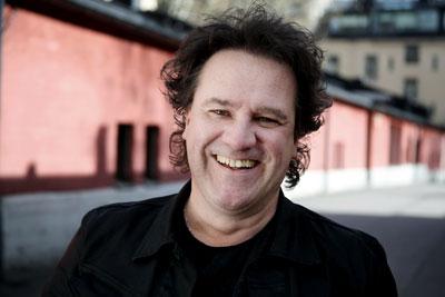 Jack Björklund on stund up- komiikan ammattilainen, jolla on hieno ote yleisöönsä. Mies Pietarsaaresta on elämänsä kunnossa. Viimeksi hän on naurattanut katsojia Nelosen Stand Up! -ohjelmassa.